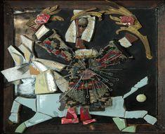 Параджанов С.И. Коллаж. Всадник Плитка керамическая, фарфор, ткань, булавки, аппликация, печать полиграфическая, бисер, в раме. Из фондов Музея кино.