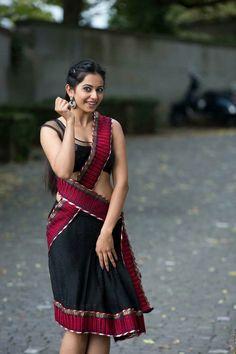 Indian Desi beauties Indian beautiful girl – Indian Desi Beauty – Indian Beautiful Girls and Ladies Beautiful Girl Indian, Most Beautiful Indian Actress, Beautiful Saree, Hot Actresses, Indian Actresses, Sonam Kapoor, Deepika Padukone, Rakul Preet Singh Saree, Indische Sarees