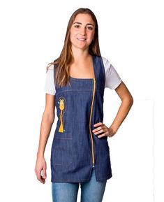 Pichi tejano maestra con bordado jirafa Teacher Apron, Filipina, Overall Shorts, Overalls, Sewing, Outfits, Clothes, Dresses, Fashion