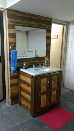 Wood Pallet Bathroom Project