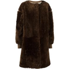 Chloé teddy shearling coat (4,085 CAD) ❤ liked on Polyvore featuring outerwear, coats, brown, sheep fur coat, brown shearling coat, mid length coat, chloe coat and shearling coats