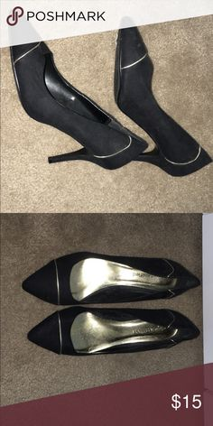 Black and gold point heels Black and gold point Shoes Heels