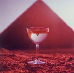 Photo by Bert Stern // Smirnoff, Great Pyramid of Giza, 1955 Bert Stern, Diego Rivera, Smirnoff, Marilyn Monroe, Great Pyramid Of Giza, Pyramids Of Giza, Iconic Photos, Great Photographers, Photography Projects