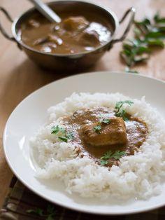 Authentic Tamilnadu Karaikudi Chettinad vanjaram meen kuzhambu / fish curry – kannamma cooks