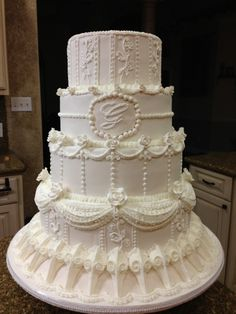 http://www.cakeswebake.com/photo/royal-icing-piped-white-wedding-cake?xg_source=activity Ginger Chumley Franklin