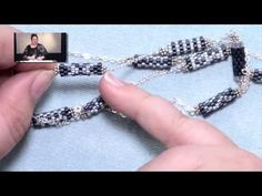 Seed bead jewelry Peyote Tube Necklace Project ~ Seed Bead Tutorials Discovred by : Linda Linebaugh Seed Bead Jewelry, Seed Beads, Beaded Jewelry, Beaded Necklace, Beaded Bracelets, Necklaces, Jewellery, Seed Bead Projects, Bracelet Tutorial