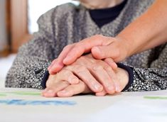 There are no lessons on how to be a caregiver for someone who has memory loss. Here is some practical advice in dealing with those who have Alzheimer's and other dementias. Rheumatoid Arthritis Causes, Long Term Care Insurance, Hospice Nurse, Dementia Care, Aging Parents, Elderly Care, Alzheimers, Caregiver, Washington