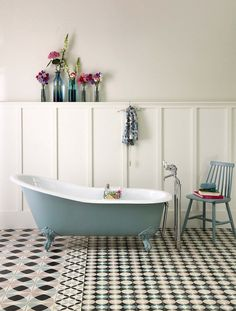 Single ended, classic cast iron roll top Victorian slipper bath 'The Dawlish' looks fab on a patchwork of patterned tiles designed exclusivley for the Cast Iron Bath Company by Ann Louise Roswald Classic Bathroom, Modern Bathroom Decor, Bathroom Interior Design, Bathroom Ideas, Boho Bathroom, Family Bathroom, Bathroom Styling, Modern Interior, Small Bathroom