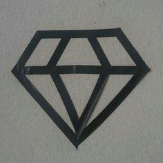 Diamante negro con cinta decoracion de mi cuarto MTV