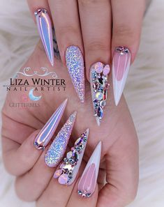 """If you're unfamiliar with nail trends and you hear the words """"coffin nails,"""" what comes to mind? It's not nails with coffins drawn on them. Although, that would be a cute look for Halloween. It's long nails with a square tip, and the look has. Perfect Nails, Gorgeous Nails, Pretty Nails, Nail Art Strass, Glamour Nails, Fire Nails, Mermaid Nails, Luxury Nails, Dream Nails"""