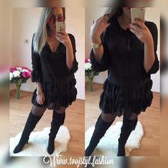elegantná čierna predĺžená blúzka   Vo veľ.UNI vhodná pre S-M-L ( voľnejší strih ) môžeš ju nosiť aj ako šaty  v cene 1990 ihneď k odberu Kúpiš aj na www.tvojstyl.fashion  #tvojstyl#fashion#black#is#best