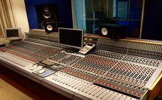 Lovely vintage Neve 5116 at Britannia Row Studio 1. http://www.allstudios.co.uk/index.php?r=studios/view=125=recording-studio#