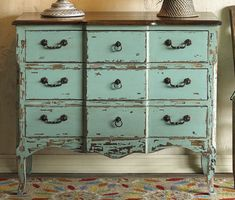 Shabby Chic Turquoise Dresser - I want this! Paint Furniture, Furniture Projects, Furniture Makeover, Home Projects, Distressed Furniture, Repurposed Furniture, Vintage Furniture, Distressed Dresser, Country Furniture