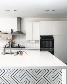 create the pattern you desire with zenith black and white cement tile. Kitchen Island Decor, Modern Kitchen Island, Condo Kitchen, Kitchen Styling, Kitchen Interior, New Kitchen, Kitchen Remodel, Kitchen Colors, Modern Kitchen Tiles