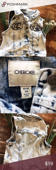 Flash Sale Cherokee Girls Medium 7/8 Denim Vest This is made out of 99% cotton and 1% spandex. You will need to wash it before you wear it. You can machine wash it on cold. It has kind of an acid wash look to it. There are a few hanging threads from wear but it's in really fantastic shape and it has bronze buttons. Fits size 7/8 Cherokee Jackets & Coats Vests