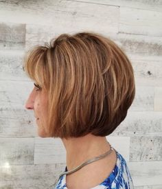 New Short Layered Bob Haircuts & Hairstyles 2020 - Buy lehenga choli online Sleek Hairstyles, Short Hairstyles For Women, Hairstyles Haircuts, Hairdos, Weave Hairstyles, Short Hair With Layers, Short Hair Cuts For Women, Short Hair Styles, Short Layered Bob Haircuts