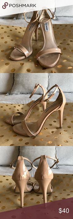 💥⭐️SUNDAY SALE⭐️💥Steve Madden patent nude heel Nude Patent Heel by Steve Madden size 7. Like new. Steve Madden Shoes Heels