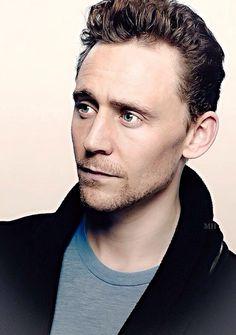 Tom Hiddleston. Edit by magnus-hiddleston.tumblr (http://magnus-hiddleston.tumblr.com/post/161400103056 )
