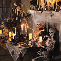 1000 images about halloween haunted mansion on pinterest for Haunted house scene ideas