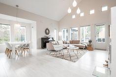 Kuvahaun tulos haulle moderni skandinaavinen sisustus Dining Bench, Dining Room, White Decor, Architecture, Decoration, Sweet Home, Wood, Interior, Furniture