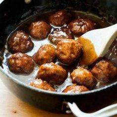 Easy BBQ Chicken Meatballs #BBQ #Chicken #Dinner #Meal