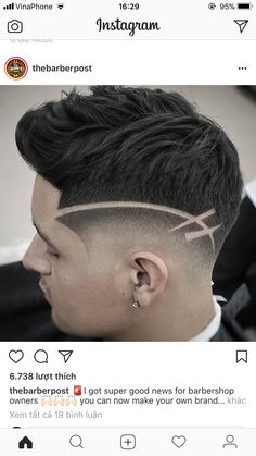 Zeichnung – Linda B – M – Join the world of pin Cool Boys Haircuts, Trendy Haircuts, Haircuts For Men, Faux Hawk Hairstyles, Boy Hairstyles, Hair And Beard Styles, Curly Hair Styles, Haare Tattoo Designs, Haircut Designs For Men