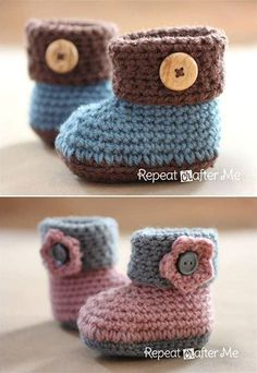 Crochet Cuffed Baby Booties Pattern - Repeat Crafter Me Adorable and FREE Crochet Baby Booties Patterns --> Crochet Cuffed Baby Booties Crochet Baby Boots, Crochet Baby Clothes, Crochet Slippers, Knitted Baby, Crochet Baby Blanket Beginner, Baby Knitting, Baby Patterns, Crochet Patterns, Knitting Patterns