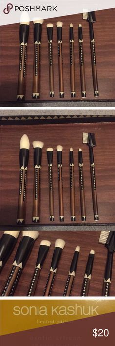Sonia Kashuk Exotic Artisan 8 CT brush set! NWOT New without box and limited edition beautiful Sonia Kashuk brush set. 12 CT Sonia Kashuk Makeup Brushes & Tools