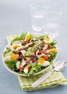Maalaissalaatti   K-ruoka Ketogenic Recipes, Diet Recipes, Vegan Recipes, Cooking Recipes, Finnish Recipes, Good Food, Yummy Food, Food Tasting, Cook At Home