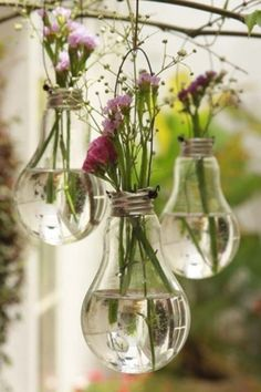 "- DIY-Deko: Zauberhafte Ideen zum Selbermachen Balcony Decoration: The bouquet of the last walk fits wonderfully in the old light bulbs. (Found in ""Simple decoration ideas with great effect"") Light Bulb Vase, Lamp Bulb, Diy And Crafts, Arts And Crafts, Decor Crafts, Cabin Crafts, Party Crafts, Adult Crafts, Nature Crafts"