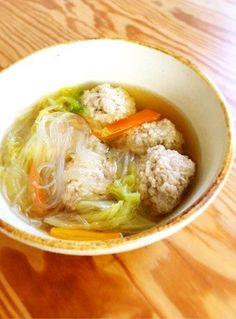 ふわふわ肉団子と春雨のスープ
