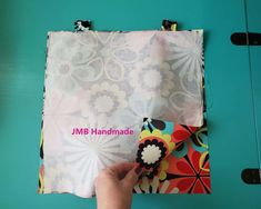 How to Make a Simple Tote Bag – JMB Handmade - Herzlich willkommen Bag Pattern Free, Pouch Pattern, Bag Patterns To Sew, Patchwork Patterns, Dress Patterns, Sewing Patterns, Patchwork Bags, Quilted Bag, Diy Tote Bag