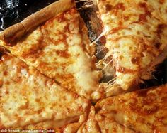 Study reveals cheese triggers the same part of the brain as drugs | Daily Mail Online