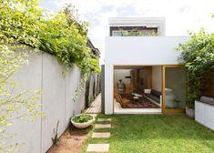 Sydney House by Fearns Studio ++ via dezeen