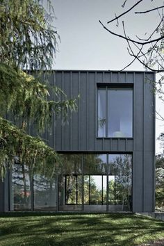 Warsaw Villa by PL09 and Kulczyński Architect - News - Frameweb