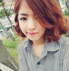 hair style for short hair hairstyle for short hair Korean Curls, Korean Perm, Korean Short Hair, Short Curly Hair, Curly Hair Styles, Short Perm, Permed Hairstyles, Bride Hairstyles, Different Types Of Curls