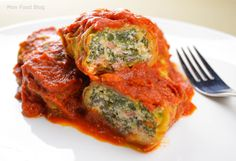 Meatless Cabbage Rolls Recipe is delicious, tasteful and yammi dish. Meatless Cabbage Rolls Recipe can be made in less than few minutes with Easy Cabbage Rolls, Cabbage Rolls Recipe, Veggie Cabbage Rolls, Vegan Vegetarian, Vegetarian Recipes, Cooking Recipes, Healthy Recipes, Batch Cooking, Paleo