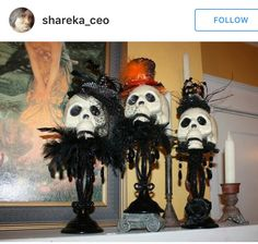 Dollar store skulls,I love these! Great to decoupage them and decorate! Gotta try this gruesome halloween food Halloween Mantel, Halloween Goodies, Halloween Projects, Diy Halloween Decorations, Halloween Kostüm, Holidays Halloween, Halloween Skeletons, Halloween Trophies, Halloween Centerpieces