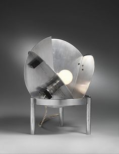 Lamp by Jacques Le Chevallier from aluminium and ebonite made between 1926 and 1927 (The Metropolitan Museum of Art, i.e. The Met Museum, 2017)