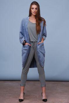 Oversizowy płaszcz z dużymi kieszeniami-ice jeans