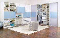 Here is the best closet organization ideas and designs which will inspire you. These are the best and easy option that you can also built in your house. Room Closet, Walk In Closet, Best Closet Organization, Organization Ideas, Wardrobe Storage, Home Improvement, Bookcase, Shelves, Contemporary
