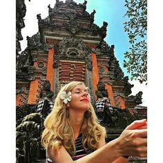 Твои мысли формируют твою реальность. Пусть твой мир будет гармоничным!🙏🌹❤ 📷@polcampos📍Ubud Palace Хочешь узнать больше про прекрасный Убуд? Смотри тут >>>>http://baliforum.ru/index.php/topic.684.0.html
