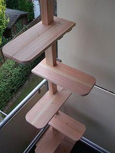 Katzentreppe / Katzenleiter aus Douglasie Massivholz für Balkon (138 cm / 3 Stufen)