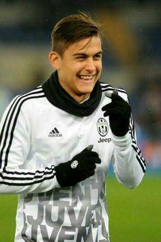 Soccer Guys, Soccer Memes, Soccer Stars, Football Boys, Football Players, Juventus Soccer, Juventus Players, Juventus Fc, Landon Donovan