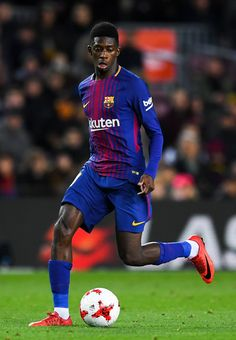Oussame Dembele of FC Barcelona runs with the ball during the Copa del Rey round of 16 second leg match between FC Barcelona and Celta de Vigo at Camp Nou on January 11, 2018 in Barcelona, Spain.