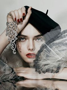j' adore a french beret-- it is so very artsy and charismatic!