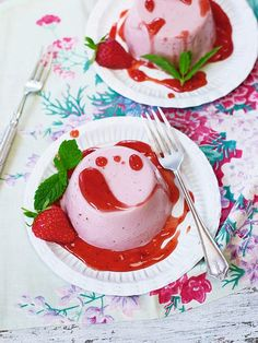 Best of British: Panna cottas with strawberry sauce | Daily Mail Online