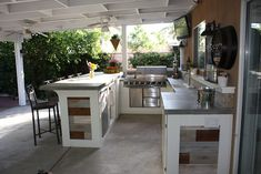 outdoor-kitchenette-patio-porch-kitchen-bar-grill. Love all of it! Idea for patio ceiling redo..