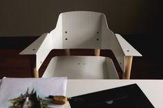 Perroquet : des chaises assemblées à la main et produites au Québec - Index-Design.ca