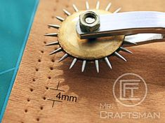Spacing Stainless Steel Serrated Tracing / Sewing Spacing / Pricking Wheel tool - Sewing - This tool can easily making a line of spacing point onto Leather / Paper / fabric / Cloth. Leather Stamps, Leather Art, Sewing Leather, Leather Design, Leather Tooling, Leather Jewelry, Leather Fabric, Diy Leather Projects, Leather Craft Tools